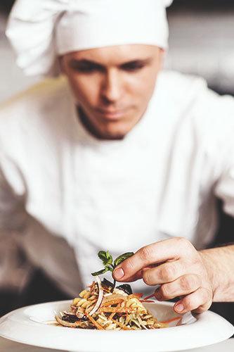 Top chef, najlepsi kucharze codziennie szykują dla Was odpowiednio zbilansowane posiłki.